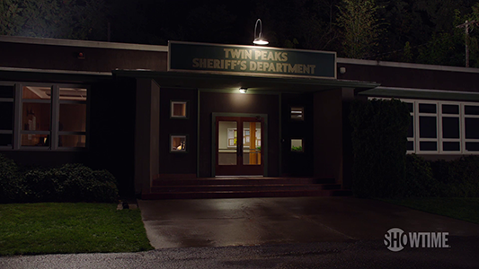 The Town of Twin Peaks - SHOWTIME