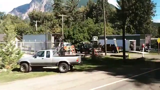 """Lindsey Cassidy on Instagram- """"Caught a glimpse of the Twin Peaks crew in North Bend this afternoon.🌲🌲#twinpeaks #pnw #northbend"""""""