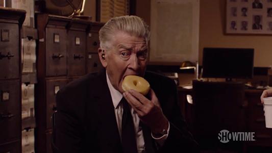 Twin Peaks - David Lynch Returns as Gordon Cole - SHOWTIME Series (2017) - YouTube